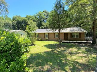 413 Middle St, Bamberg, SC 29003