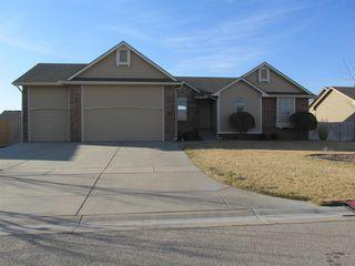 3223 S Bluelake Ct, Wichita, KS 67215