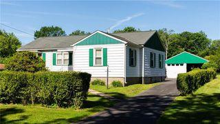617 Greenwood Dr, Grove City, PA 16127