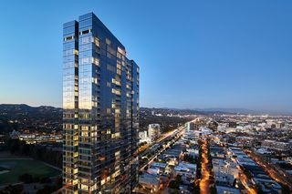 10000 Santa Monica Blvd, Los Angeles, CA 90067