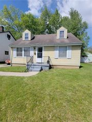 1351 Shaftesbury Rd, Dayton, OH 45406