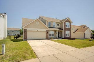 2649 Greystone Estates Pkwy, Shiloh, IL 62221