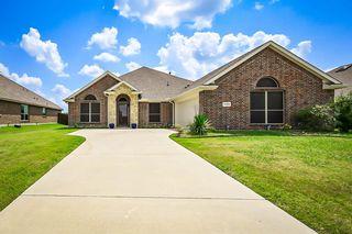 1404 Montclaire Dr, Glenn Heights, TX 75154