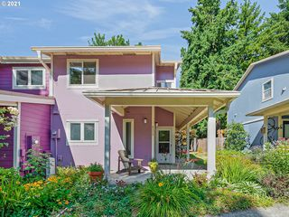 4373 SW 94th Ave, Portland, OR 97225
