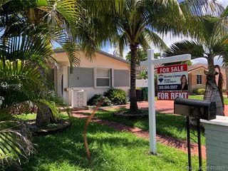 28 SE 4th St, Dania Beach, FL 33004