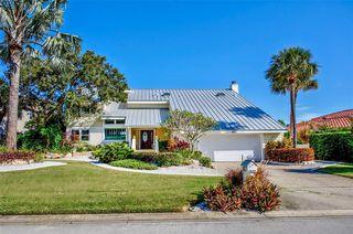 517 Belle Isle Ave, Belleair Beach, FL 33786