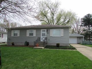 1317 W 62nd Ave, Merrillville, IN 46410
