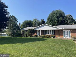 6785 Charlestown Rd, Mercersburg, PA 17236