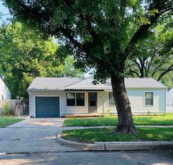 1126 E Crowley St, Wichita, KS 67216