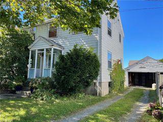 31 Annandale Rd, Newport, RI 02840
