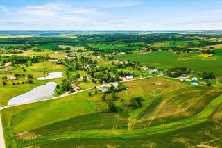7771 18th Ave, Blairstown, IA 52209