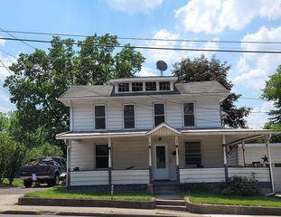 101 2nd St, Montgomery, PA 17752