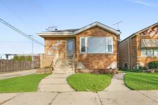 4715 S La Crosse Ave, Chicago, IL 60638