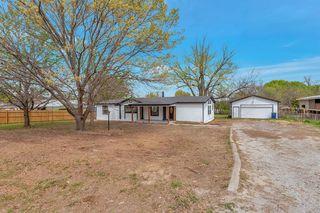 11504 White Leaf Ct E, Fort Worth, TX 76135