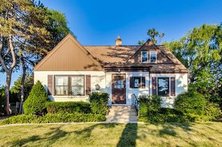 Address Not Disclosed, Prospect Heights, IL 60070