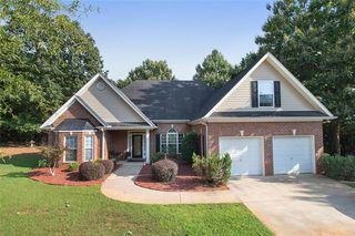 565 Clearbrook Dr, Covington, GA 30016