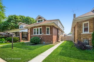 9405 S Elizabeth St, Chicago, IL 60620