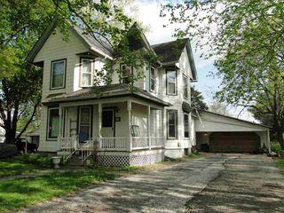 319 E Cortland St, Avon, IL 61415