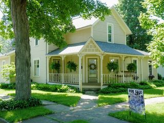 214 N Division St, Mount Vernon, OH 43050