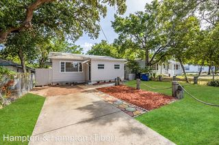 912 Magnolia Dr, Clearwater, FL 33756