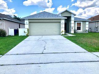 4781 Petal Pawpaw Ln, Saint Cloud, FL 34772