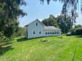 148 Spinner Rd, Honesdale, PA 18431