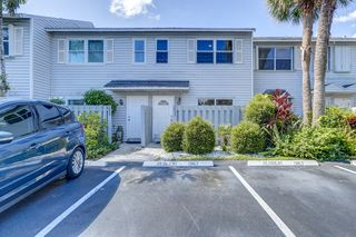 1953 NE 15th Ave, Fort Lauderdale, FL 33305