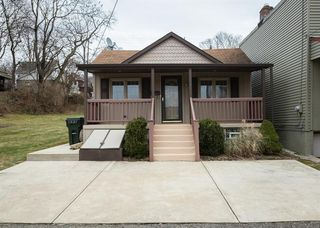660 Elm Way, Oakmont, PA 15139