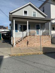 63 Tallman St, New Bedford, MA 02746