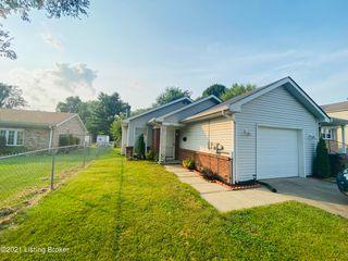 4626 Beechbrook Rd, Louisville, KY 40218