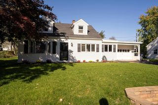 1086 Roberta Rd, Schenectady, NY 12303