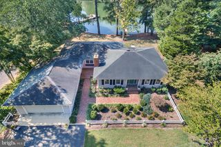 171 Deer Dr, Lusby, MD 20657