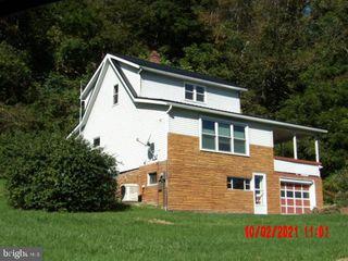 879 Hyndman Rd, Hyndman, PA 15545