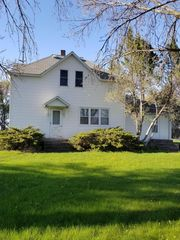 4084 280th Ave, Clarkfield, MN 56223