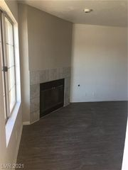 1375 E Hacienda Ave #201, Las Vegas, NV 89119