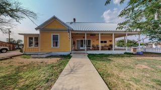 200 3rd St, Magdalena, NM 87825