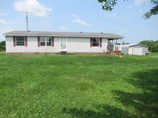 5769 Beechwood Ave NE, Alliance, OH 44601