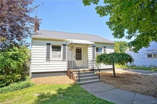 745 Bettes Ave, Akron, OH 44310