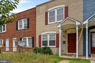 828 Stoll St, Baltimore, MD 21225
