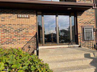 10355 Menard Ave #2-214, Oak Lawn, IL 60453