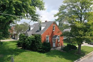 27 Vernon Rd, Shelby, OH 44875