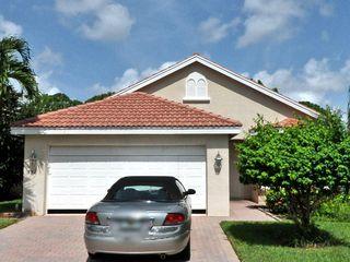 852 SW Munjack Cir, Port Saint Lucie, FL 34986