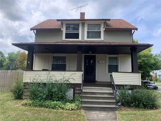 1176 E 176th St, Cleveland, OH 44119