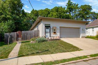3907 Pleasant St, Des Moines, IA 50312