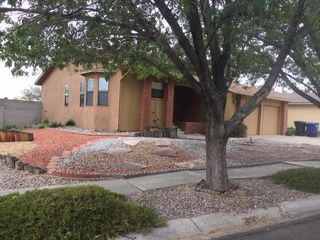 5601 Chelwood Park Blvd NE, Albuquerque, NM 87111