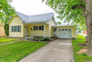 101 E Delavan St, New Holland, IL 62671