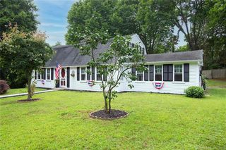 101 Old Post Rd, Westerly, RI 02891