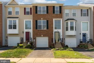 1905 Harpers Ct, Frederick, MD 21702