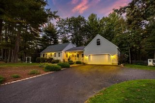 21 Woodsong Rd, Westfield, MA 01085