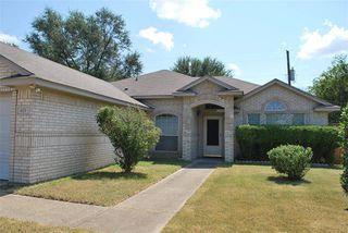 671 Honeysuckle Ln, Cedar Hill, TX 75104